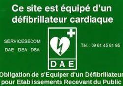 Defibrillateur automatique externe